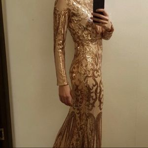 (sold) Long Gold sequins maxi gown dress